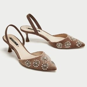Zara Embroidered Velvet Beaded Slingback Pumps 5M